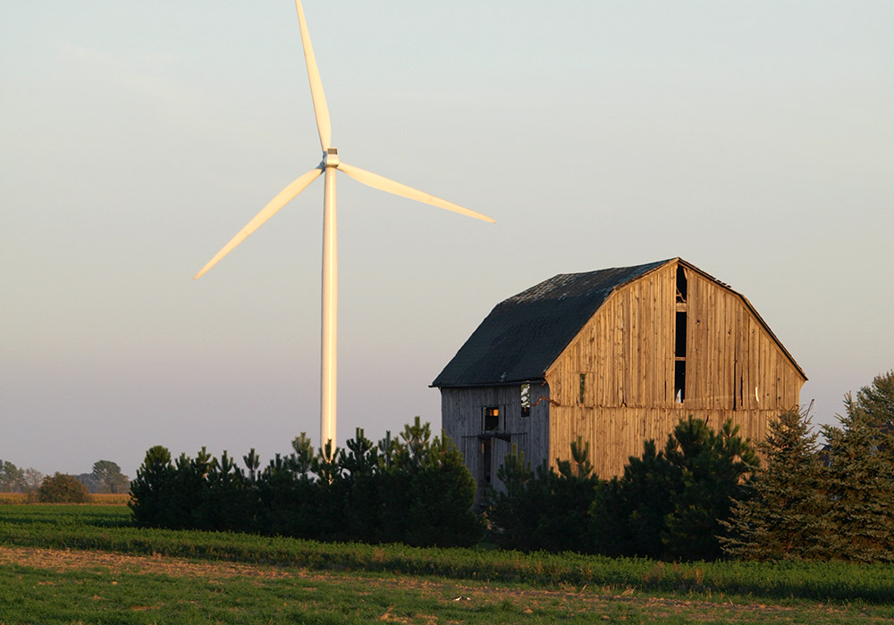 Wind turbine and barn